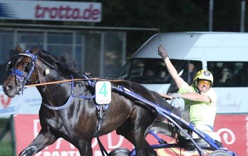 Amateurfahrer-Championat-Thomas-MaassenilL5ZaPaawEk4